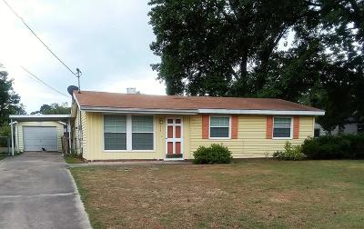 Goldsboro Single Family Home For Sale: 402 Cardinal Dr.