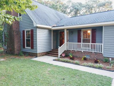 Goldsboro Single Family Home For Sale: 305 Maplewood Dr