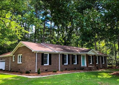 Goldsboro Single Family Home For Sale: 517 Shelley Dr