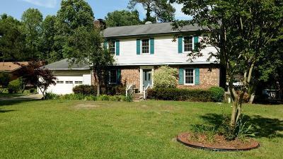 Goldsboro Single Family Home For Sale: 307 Glenn Oak Dr
