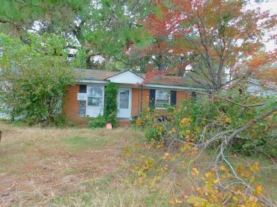 Pikeville Single Family Home For Sale: 405 N Goldsboro St.