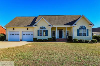 Goldsboro Single Family Home For Sale: 109 Highwoods Dr