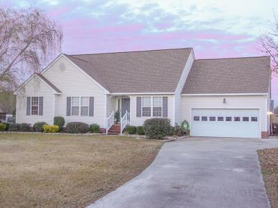 Goldsboro Single Family Home For Sale: 102 Phillip Ct.