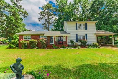 Goldsboro Single Family Home For Sale: 697 Paul Hare Rd.