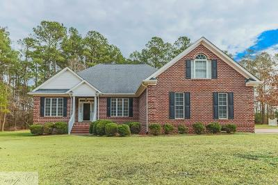 Goldsboro Single Family Home For Sale: 118 Planters Place