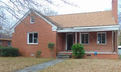Goldsboro Single Family Home For Sale: 301 S Leslie