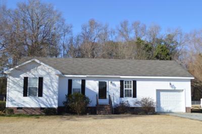 Goldsboro Single Family Home For Sale: 203 Valleywood