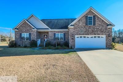 Goldsboro Single Family Home For Sale: 102 Kingston Circle
