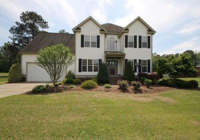Goldsboro Single Family Home For Sale: 109 W Raintree Lane