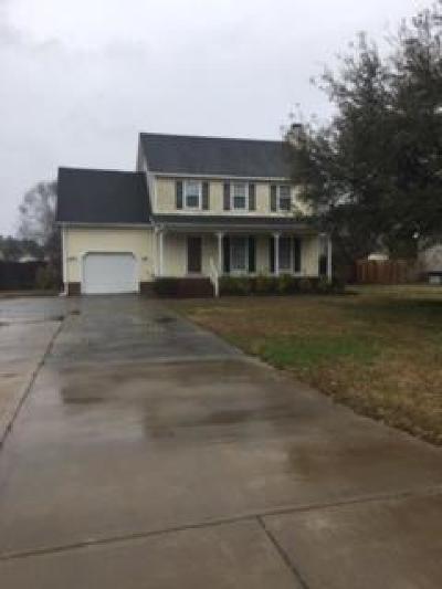 Goldsboro Single Family Home For Sale: 202 Camden Park Drive