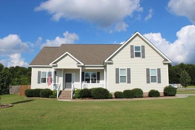 Pikeville Single Family Home For Sale: 200 Autumn Ridge Dr.
