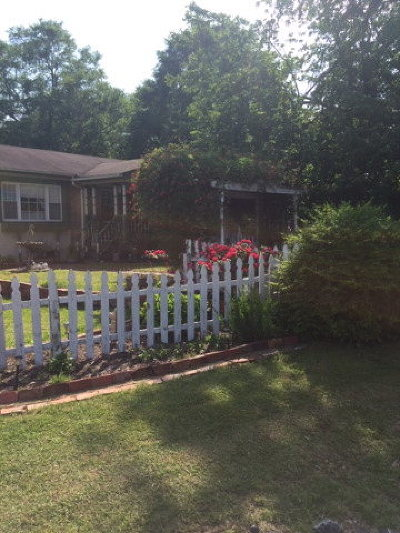 Goldsboro Single Family Home For Sale: 102 Gainey Dr