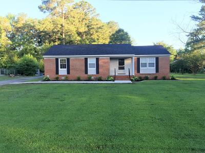 Goldsboro Single Family Home For Sale: 227 Pinewood Cir