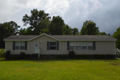 Goldsboro Manufactured Home For Sale: 810 Ebenezer Church Road