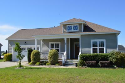 Goldsboro Single Family Home For Sale: 100 W Stargrass Circle