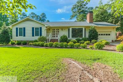 Goldsboro Single Family Home For Sale: 130 Perry Dr.