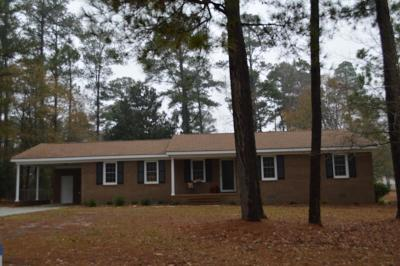 Goldsboro Single Family Home For Sale: 126 Perry Dr