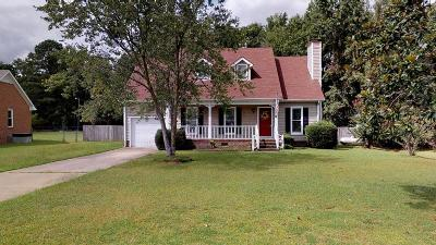 Goldsboro Single Family Home For Sale: 109 North Pointe Dr