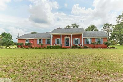La Grange Single Family Home For Sale: 222 Conover Road