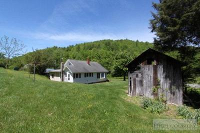 Alexander County, Ashe County, Avery County, Burke County, Caldwell County, Watauga County Single Family Home For Sale: 5189 Nc Highway 105