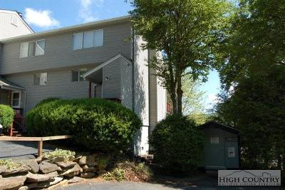 Avery County Condo/Townhouse For Sale: 1040 Sugar Mountain Drive #A-8