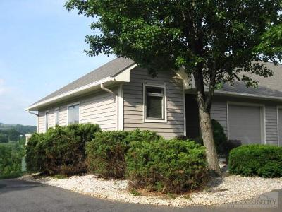 Ashe County Condo/Townhouse For Sale: 208 Fairway View Place #C4