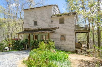 Caldwell County, Alexander County, Watauga County, Avery County, Ashe County, Burke County Single Family Home For Sale: 255 Monroe Herman