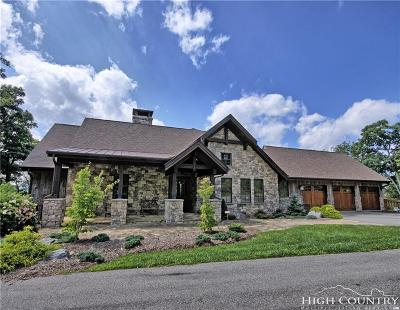 Ashe County Single Family Home For Sale: 433 Crown Oak Lane Lane