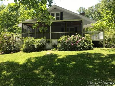 Caldwell County Single Family Home For Sale: 9366 Blackberry Road