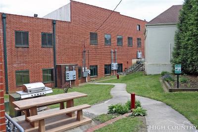 Ashe County Condo/Townhouse For Sale: 215 S Jefferson Avenue #218