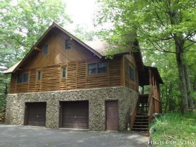 Avery County Single Family Home For Sale: 917 Balsam Drive