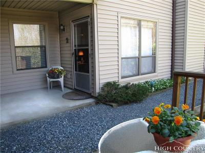 Avery County Condo/Townhouse For Sale: 1664 Grouse Moor Drive #2