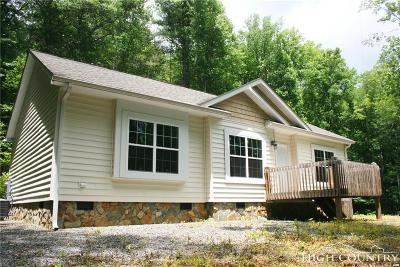 Avery County Single Family Home For Sale: 165 Benfield Road