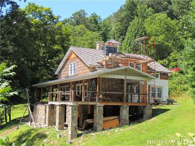 Banner Elk Single Family Home For Sale: 182 Lower Crab Orchard Road