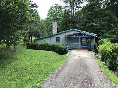 Caldwell County, Alexander County, Watauga County, Avery County, Ashe County, Burke County Single Family Home For Sale: 300 River Road