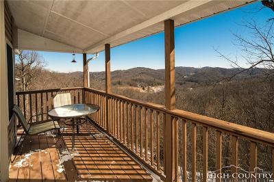Caldwell County, Alexander County, Watauga County, Avery County, Ashe County, Burke County Condo/Townhouse For Sale: 146 Deer Ridge Lane #3B
