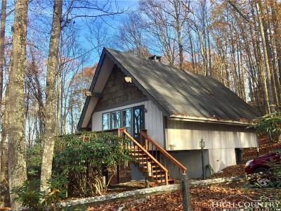 Beech Mountain Single Family Home For Sale: 902 Pine Ridge Road (Club)