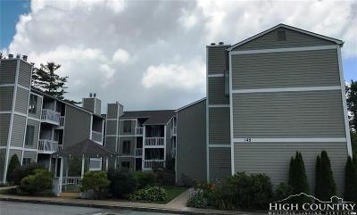 Blowing Rock Condo/Townhouse For Sale: 176 Royal Oaks Drive #132