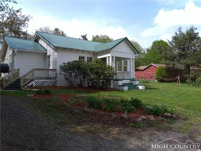 Newland Single Family Home Under Contract - Show: 452 Old Nc 181 Highway