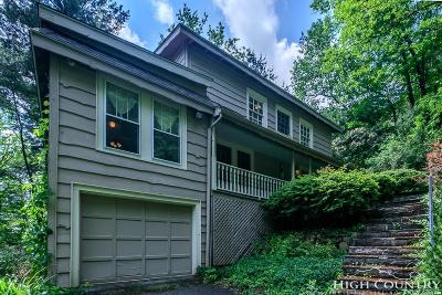 Watauga County Single Family Home For Sale: 620 Sunset Drive