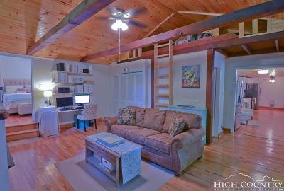 Elk Park Single Family Home Under Contract - Show: 1604 Beech Mountain Road