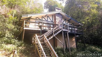 Caldwell County, Alexander County, Watauga County, Avery County, Ashe County, Burke County Single Family Home For Sale: 109 Dogwood Lane