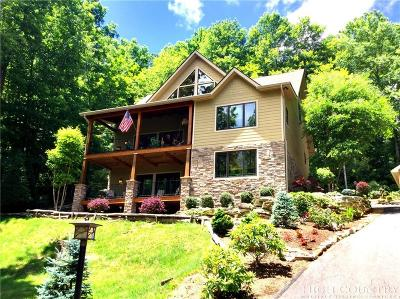 Mountain Glen Single Family Home For Sale: 811 Hemlock Drive