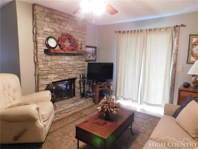 Caldwell County, Alexander County, Watauga County, Ashe County, Avery County, Burke County Condo/Townhouse For Sale: 301 Pinnacle Inn Road #4208