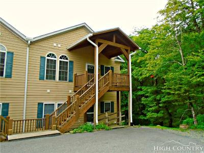 Avery County Condo/Townhouse For Sale: 3441 Beech Mountain Parkway