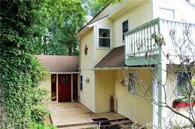 Newland Single Family Home For Sale: 50 Rocky Meadows Road