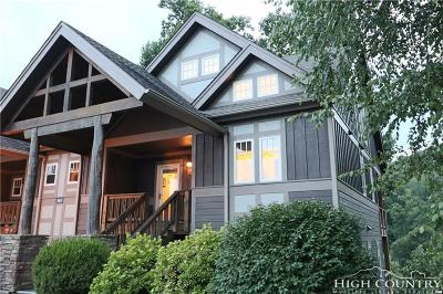 Echota Condo/Townhouse For Sale: 565 Peaceful Haven M-4 Drive