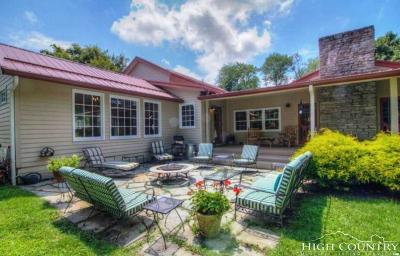 Newland Single Family Home Under Contract - Show: 60 E Chestnut Lane
