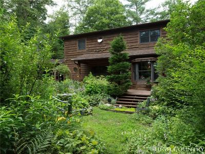 Boone Single Family Home For Sale: 200 Greenwood Lane