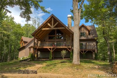 Avery County Single Family Home For Sale: 170 Firefly Cove